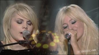 """Pixie Lott / Coeur De Pirate """"I'm Yours"""" (2009)"""