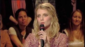 Interview Mélanie Laurent (2011 - Spécial Johnny Hallyday)