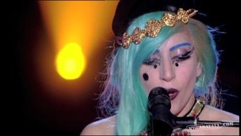 "Lady Gaga ""The Edge Of Glory"" (2011)"