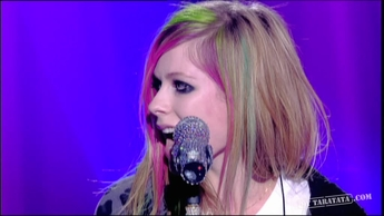 "Avril Lavigne ""What The Hell"" (2011)"