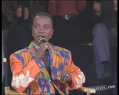 Interview CharlElie Couture / Angélique Kidjo (1994)