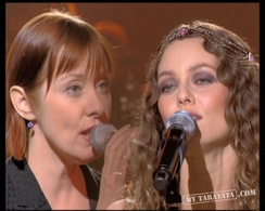 "Vanessa Paradis / Suzanne Vega ""Blowin' In The Wind"" (2007)"