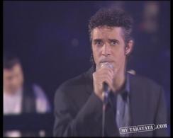 """Julien Clerc """"Utile"""" + présentation musiciens (1994)"""