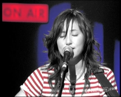 "KT Tunstall ""I Want You Back"" (2005)"