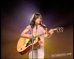 "KT Tunstall  ""Black Horse And The Cherry Tree"" (2005)"