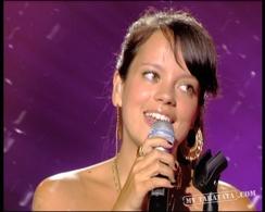 "Lily Allen ""Smile"" (2005)"