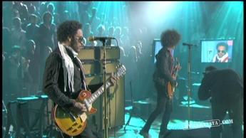 """Lenny Kravitz """"Bring It On"""" (2008)"""