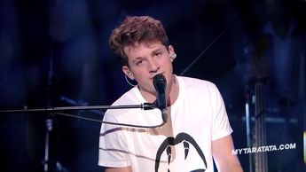 "Charlie Puth  ""Don't Let Me Be Lonely Tonight"" (James Taylor) (2016)"