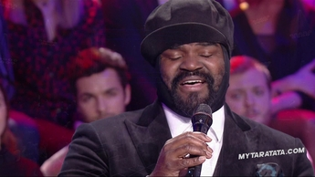 """Gregory Porter """"Lean On Me"""" (Bill Withers) (2020)"""